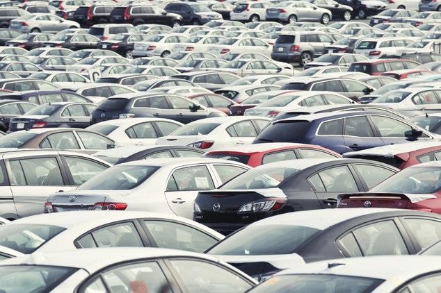 Autoverkoop Europa parkeerplaats