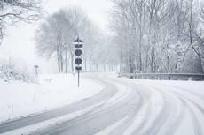 besneeuwde-weg